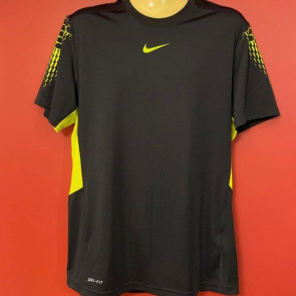 NIKE Men's Black/Yellow Performance T-shirt - Size Medium